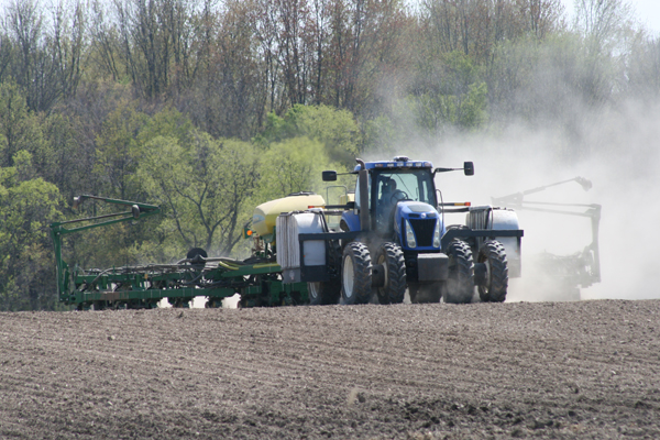 Crop farmers are looking forward to firm, dry fields for planting corn and other big-acreage row crops.